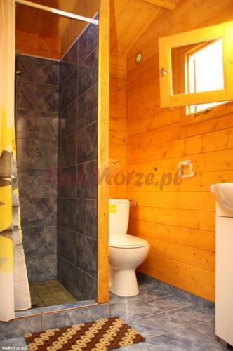 łazienka - domki Szkolny Międzywodzie
